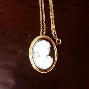 Cameo Necklace/Brooch
